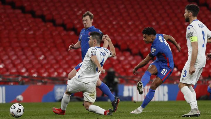 Англичане и итальянцы стартовали с побед в отборе к чемпионату мира