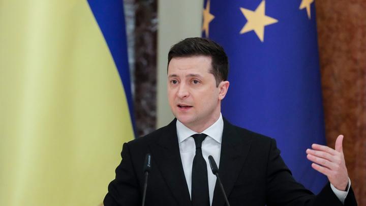 """Зеленский: санкции """"прилетели"""" к 111 иностранцам"""