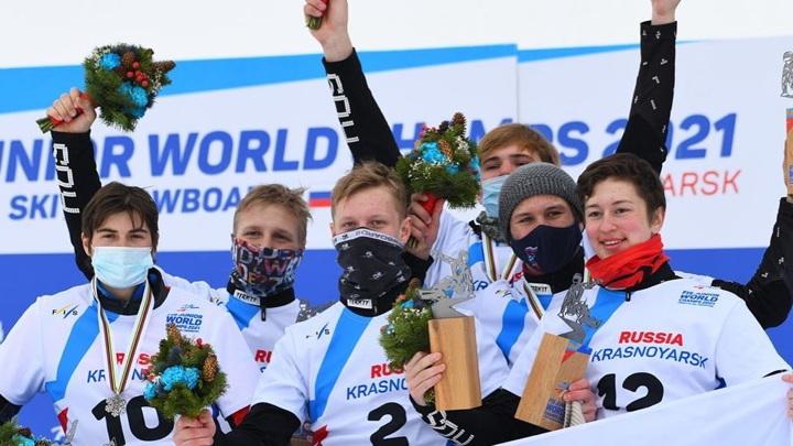 Россиийские юниоры заняли весь пьедестал на чемпионате мира по сноуборду