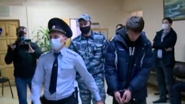 Хулиганы, избившие в Ставрополье отца с ребенком, имеют судимости