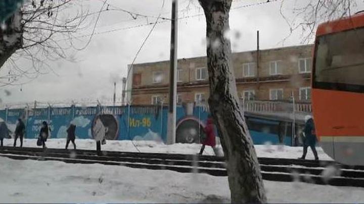 В Перми из-за оборвавшегося контактного провода остановились трамваи