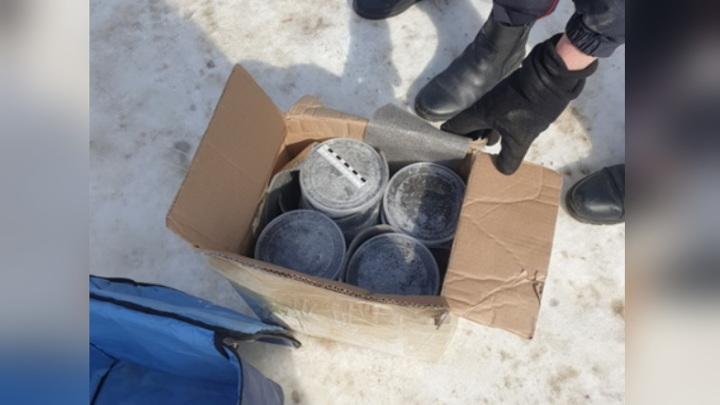 23 килограмма черной икры изъяли у водителя в Хабаровском крае: возбуждено уголовное дело
