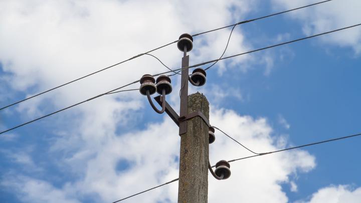 В России сократят сроки подсоединения к электросетям частных домов и малого бизнеса