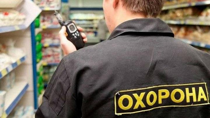 Посетитель киевского магазина выстрелил в охранника за просьбу надеть маску