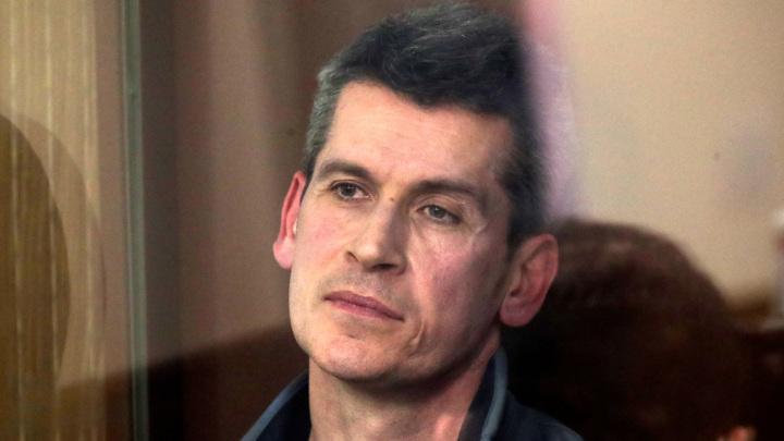 Хищение 11 миллиардов: начался суд по делу братьев Магомедовых