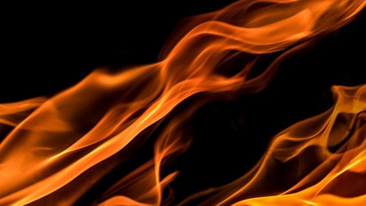 Вынес из горящего дома. Южноуральца наградили за спасение человека