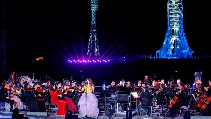 """""""Здорово и красиво"""": зрители в восторге от концерта на Байконуре"""
