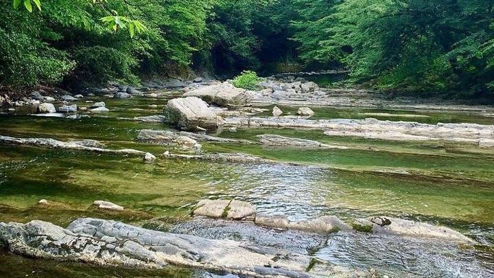 В Сочи устанавливают личность женщины, тело которой нашли в горной реке