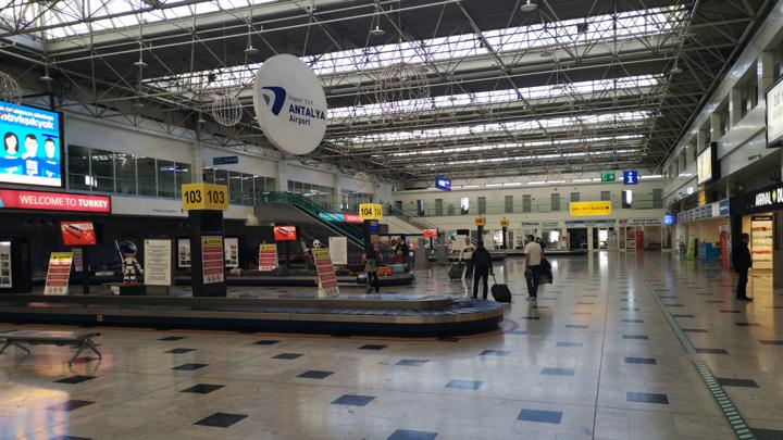 Туристов могут вернуть из Турции за 10 тысяч рублей