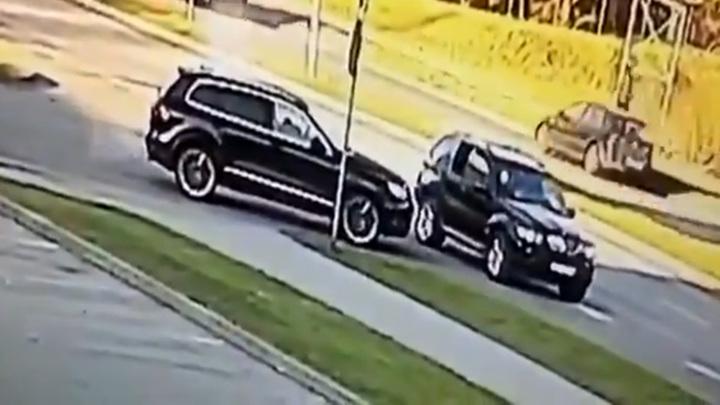 Убийство латвийского экс-футболиста Романа Беззубова попало на видео