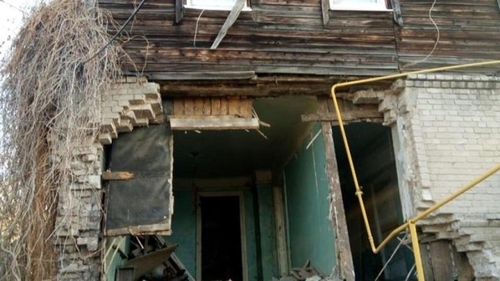 Власти Самары помогут жильцам дома, где обвалилась стена