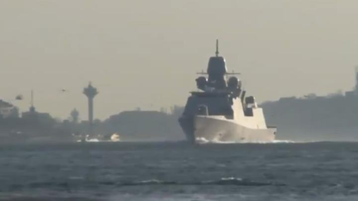 Более 20 российских боевых кораблей провели учения в Черном море