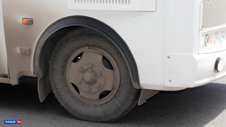 В Томске пассажирский автобус сгорел дотла