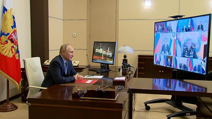 Президент обсудил с Совбезом военное строительство