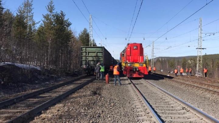 Озвучены причины ЧП на Октябрьской железной дороге