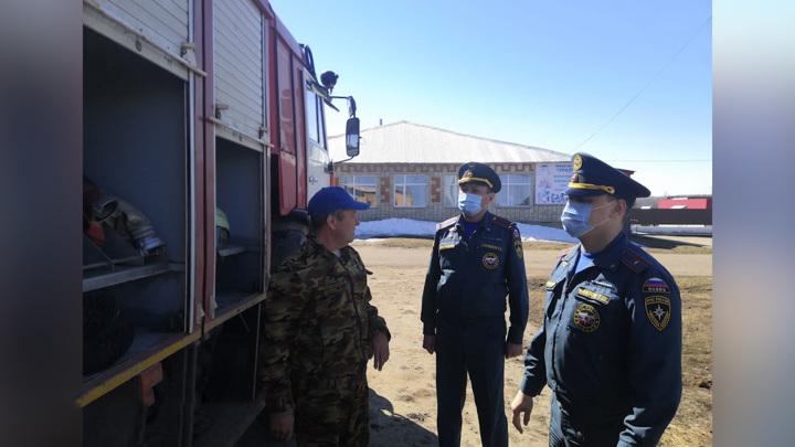 МЧС начал проверку готовности техники к лесным пожарам в Башкирии