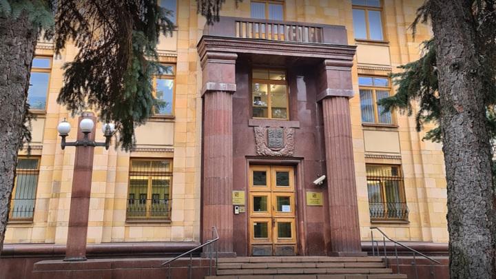 В посольстве Чехии останутся работать пять дипломатов