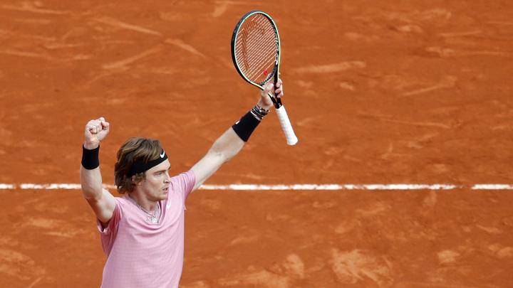 Рублев вышел в 1/4 финала турнира в Галле