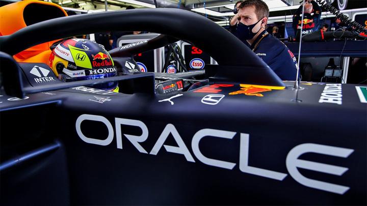 """""""Формула-1"""": """"Королевские гонки"""" зарабатывают в кризис"""