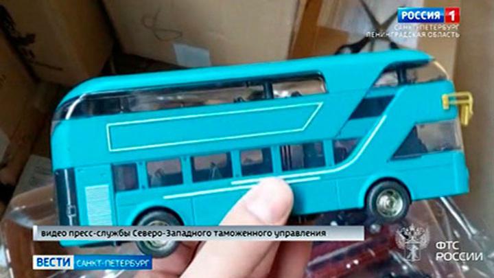 Нарушили не по-детски: на Псковской таможне задержана крупная партия игрушек