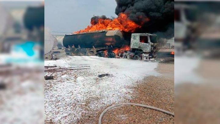 Пожар в Артеме возник из-за цистерны с топливом