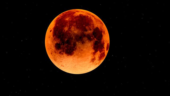 Раз в 12 лет: россияне увидят суперлуние, полнолуние и лунное затмение