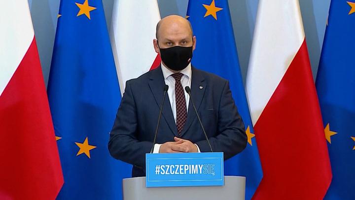 Скандал в Чехии: президента хотят обвинить в измене родине