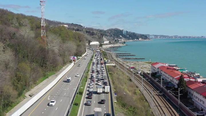 В Сочи могут ограничить въезд автомобилям из других городов и регионов