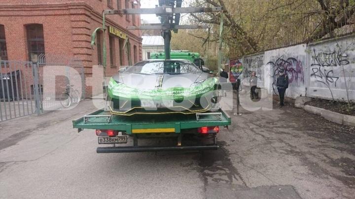 Дептранс обратился к Насте Ивлеевой после эвакуации ее Lamborghini
