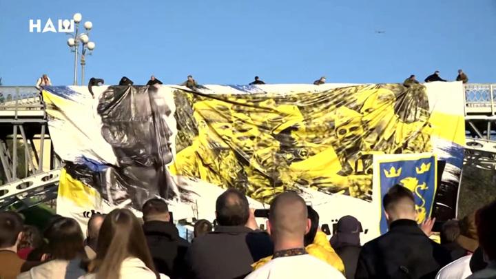 Марш вышиванок: украинские националисты заполонили Киев