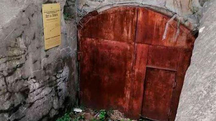 В Приморье исторический объект превратили в помойку