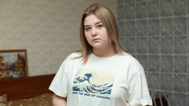 Нужна помощь: Машу Кондратову спасет операция на позвоночнике
