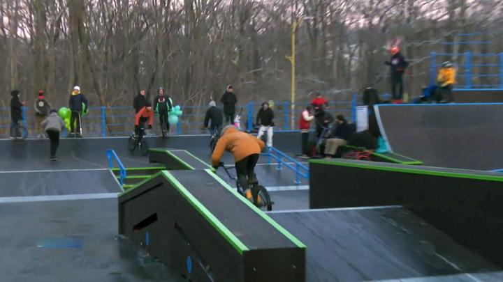 Новый скейт-парк в Артеме стал опасен для детей
