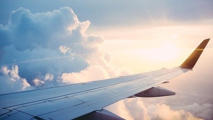 В Самаре экстренно посадили самолет из-за плохого самочувствия пассажира