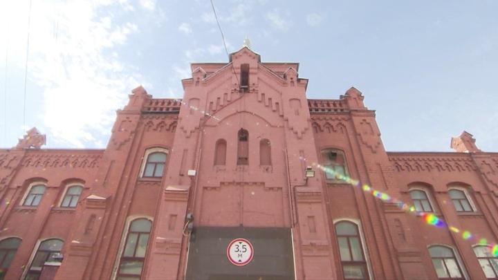 При благоустройстве Крутицкой набережной обнаружили фрагменты здания XIX века
