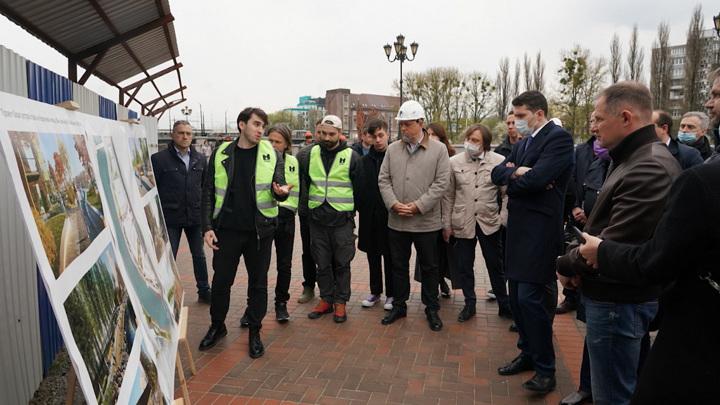 Губернатор Калининградской области оценил проект благоустройства набережной