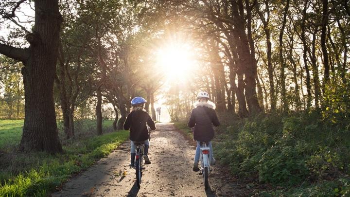 Автодороги Ашхабада с понедельника отданы на две недели в распоряжение велосипедистов в целях экологии