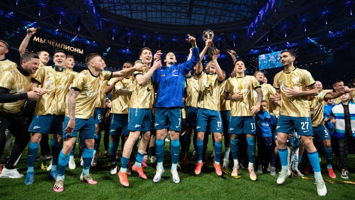 """Десять футболистов """"Зенита"""" вошли в список 33 лучших игроков сезона"""