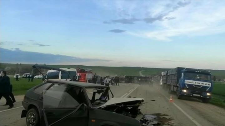 В Волгоградской области объявлен траур по погибшим в ДТП под Ставрополем