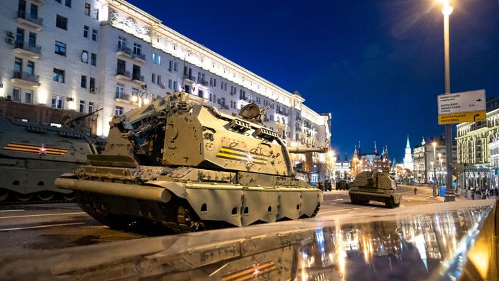 Вторая ночная репетиция парада Победы прошла на Красной площади