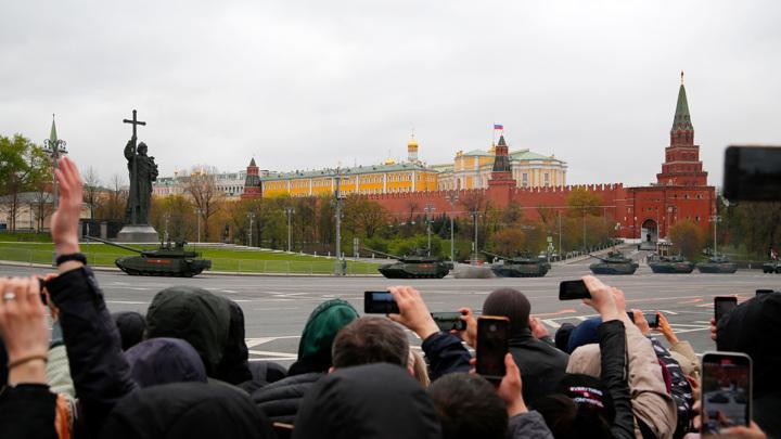Россияне назвали День Победы самым важным праздником