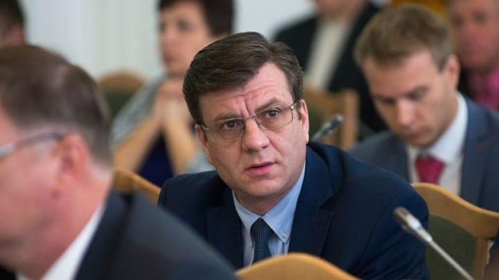 Глава омского Минздрава отказался от госпитализации