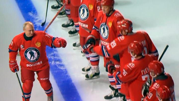 Ночная хоккейная лига: Путин вышел на лед и наградил Буре