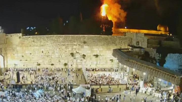 На Храмовой горе в Иерусалиме случился пожар