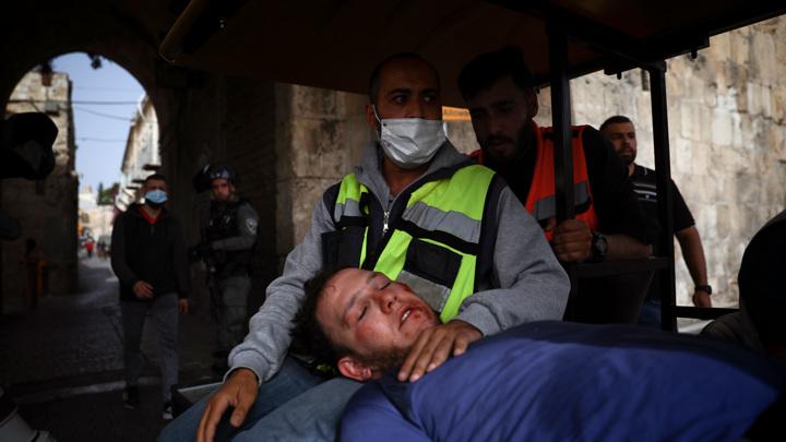 """В ответ на обстрелы Иерусалима Нетаньяху пообещал ответ """"великой силы"""""""