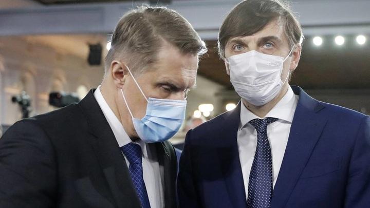 Мурашко и Кравцов вылетели в Казань