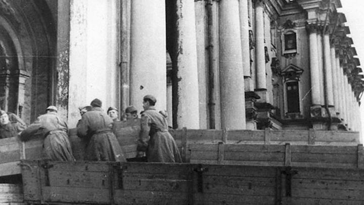 В Эрмитаже – выставка, посвященная работе музея во время войны