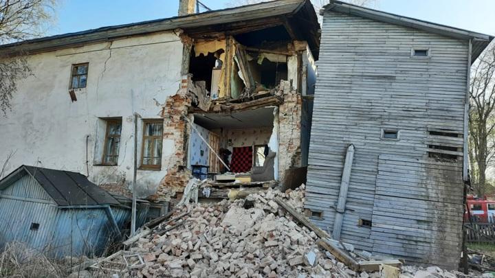 В Кадникове обрушилась часть жилого дома
