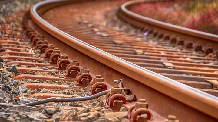 В Оленегорске несколько вагонов хозяйственного поезда сошли с рельсов