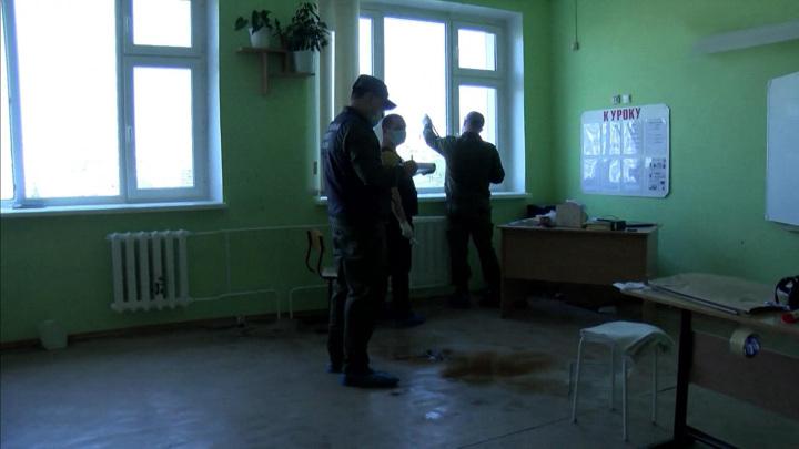 Защищали детей как могли: учителя казанской гимназии рассказали о трагедии